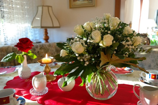 Flowers will add extra class to your event