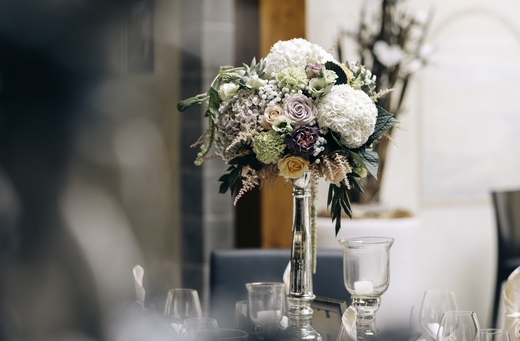 Wedding table flower bouquet