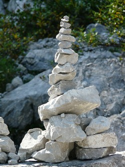 Stacking and balancing rocks